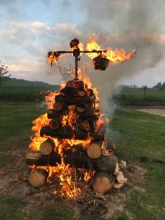 Pálení čarodějnice v Holšicích - 2019
